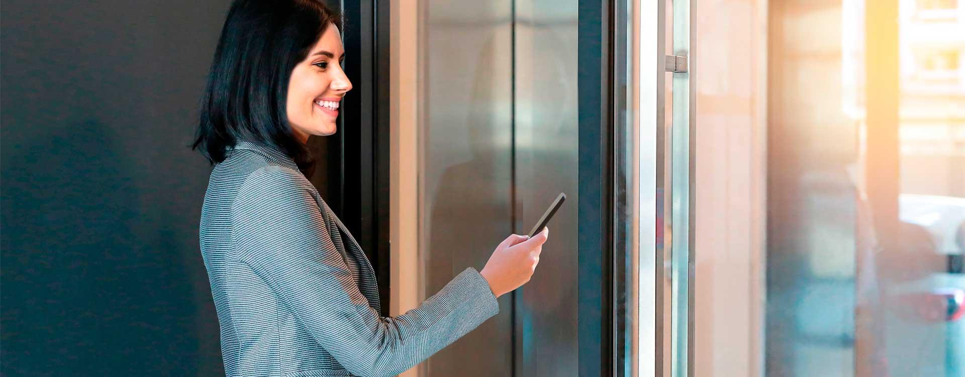Abrir puerta con el móvil